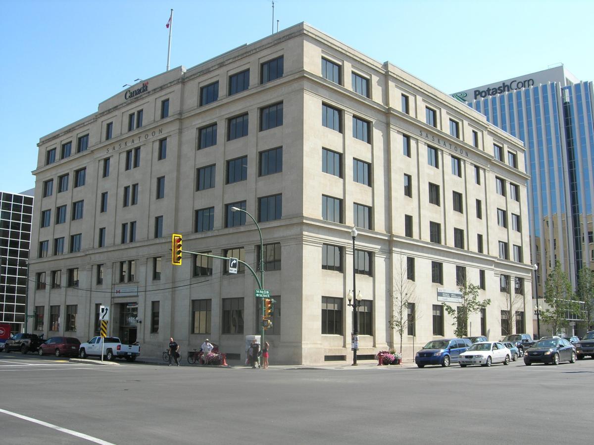 7c100a9525a9a6 Federal Building - 2015